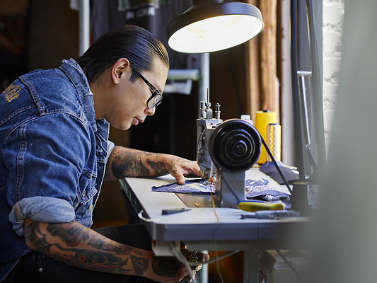 D4 02 Sewing PO 0297 - ORIGINAL PHOTOGRAPHIC WORK